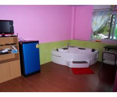 Room with Jacuzzi for rent